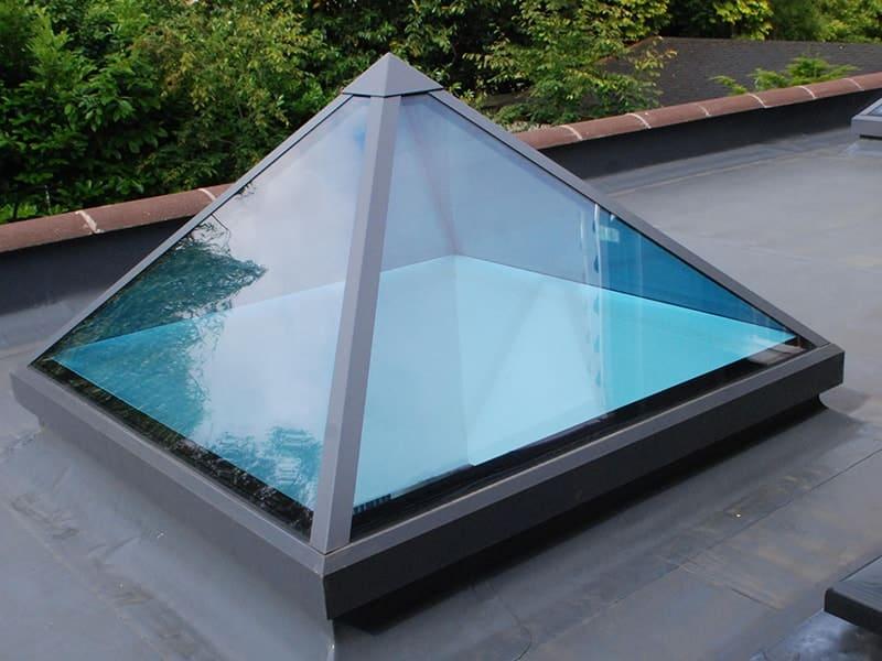 Зенитные фонари как альтернатива стеклянной крыше